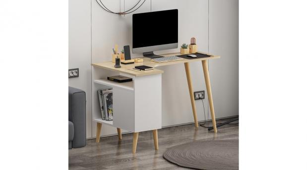 Kompüter masası 1