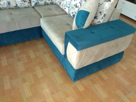 Kunc divani